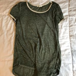 Maurices tees shirt